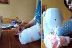 Hrdinka Martina po rakovině šije roušky jednou rukou: O druhou přišla při nehodě!