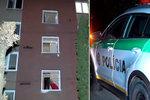 Horor v bytovce: Našli v ní týden hnijící mrtvolu, dveře od bytu byly utěsněné stavbařskou pěnou