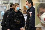 Zákaz vycházení kvůli koronaviru? Žena z nahrávky se přihlásila policii, hrozí jí 8 let