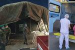 Obří nafukovací hala vyrostla v Libni: Hasiči v ní budou záchranářům dezinfikovat sanitky