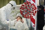"""Nejmladší oběť: Koronaviru podlehla holčička (†6 týdnů). """"Srdcervoucí,"""" truchlí Američané"""