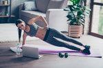 Stylová i při cvičení: Tipy na outfity, které využijete na doma i do fitka!