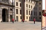 Vysílali jsme: Hudba Hradní stráže proti koronaviru v sérii vystoupení z hradeb