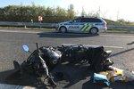 Motorkář se čelně střetl s osobním autem: Na místě zemřel!
