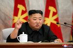 KLDR zveřejnila nové fotky diktátora Kima z jednání s papaláši: Jsou skutečně aktuální?