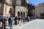 Obří fronty na Pražském hradě! Své objekty zpřístupnil lidem zdarma, dorazily tisíce českých turistů