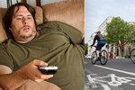 Tučný home office. Rakušané doma přibrali dvě kila za šest týdnů, spočítali lékaři