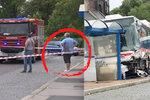 Křik a pak bezmocné ticho: Svědkyně popsala smrt chlapce ve Slaném. Jel řidič autobusu v pantoflích?