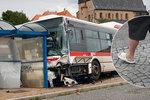 Tragická smrt chlapce (†7) pod koly autobusu: Pantofle, ani omylem! říká expert