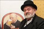 Pivaři oplakávají smrt komika (†72): Zemřela tvář Březňáka!