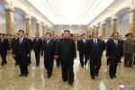 Kim vyrazil do mauzolea. Oslavu výročí narozenin svého děda zmeškal, památku úmrtí už ne