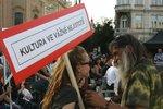 Kultura ve vážné nejistotě! V Praze demonstrovala tisícovka lidí za podporu hudebního života