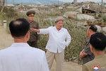 Kim Čong-un zuřil kvůli škodám po tajfunu. Úředníky, kteří neochránili lidi, potrestá