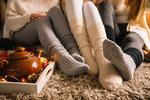 Připadá vám to banální? Tak pravděpodobně netušíte, co takový obyčejný pár ponožek dokáže přes noc za divy. Ať už spíte s nimi nebo bez nich, zjistěte, k čemu všemu je spaní s nimi dobré!