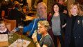 Premiéra filmu Prezident Blaník: Geislerová s manželem, těhotná Issová i zálesák Dyk