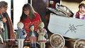 S čím si hrály děti před 100 lety? V Libni objevíte stovky hraček našich babiček a dědů