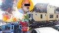 Měl svíčkou podpálit ubytovnu, kde zemřel člověk, a 12 lidí se zranilo: Senior (71) je ve vazbě