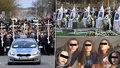 Pohřeb pěti dívek (†15), které zemřely při únikové hře: Bílé rakve a dojemná slova otce!