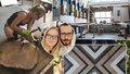 Spojila je láska ke dřevu. Kuba s Bětkou v Praze představili truhlářské skvosty
