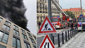 Hustý dým vyděsil Prahu 7 a okolí: Hořela střecha rozestavěného obchoďáku, škoda dva miliony