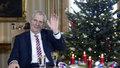 Zeman stráví Vánoce v Lánech, Babiš vezme Moniku do Rakouska. Sejdou se na obědě
