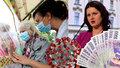 Odměny budou v srpnu, slibuje Maláčová. Zaměstnanci sociálních služeb dosáhnou až na 40 tisíc