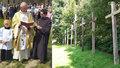Krvavá svatba u Velké Bíteše: Devět zchátralých křížů za oběti masakru vymění za nové