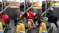 """""""Podívej se na toho macka,"""" řekl recidivista mladíkovi a sledoval ho do trolejbusu!"""
