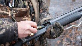 Nezodpovědní lovci: Ve středních Čechách bylo při honech postřeleno několik lidí