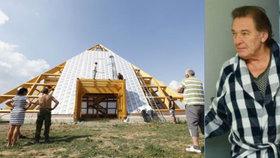 Léčivá pyramida čeká na Gotta: Její majitel a astrolog poslal jasný vzkaz!