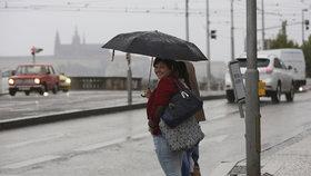 V Praze bude teplo, slunce si ale moc neužijeme. Nebe se projasní až o víkendu