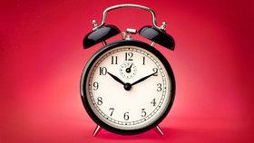 Hodina narození určuje vaši povahu: Přišli jste na svět před půlnocí, nebo po obědě?