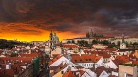 """Po """"pekelných"""" tropech nastane změna: Jak bude v Praze nadcházející týden?"""