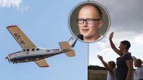 Roman hodlá ve 39 let starém letounu obletět Zemi: Cestu kolem světa chce zvládnout za 150 hodin