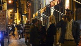 Omezení hlučných podniků v centru Prahy má podporu radnice. Kluby mají dřív zavírat