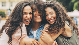 Podporují vás za každých okolností. Jak ještě poznáte nejlepší přátele?