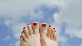 Co o vaší povaze prozradí tvar prstů na nohou? Budete se možná divit!
