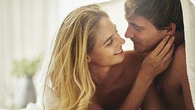 Projevy lásky podle horoskopu: Raci pečou, Štíři vás zkoumají