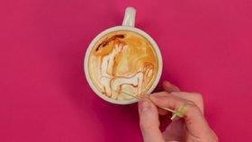 Polohy pro nejlepší orgasmus namalované v kávové pěně! Podívejte se, které to jsou