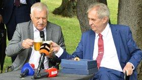 Klaus slaví 79 let, party na Hanspaulce ale zrušil. Zeman ho pozval na Hrad