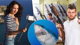 """""""Selfíčka"""" jsou vražednější než žraloci, ukázala studie. Hned pětinásobně"""