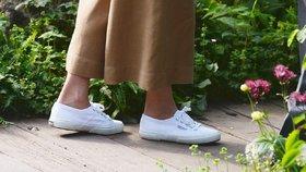 Bílé tenisky podle Kate i Meghan: Pořiďte si stejné!