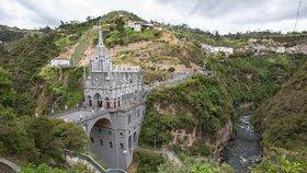 Svatyně Panny Marie z Las Lajas v Kolumbii: Zázračná bazilika v objetí kaňonu