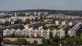 Školy v Praze 14 přes léto nezahálely: Nová tělocvična, venkovní učebny i nový výtah