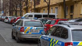 Seniorka (73) pokousala ve Smiřicích svého muže (82): Neobvyklý případ, říká policie