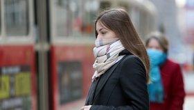 Praha 6 nakoupí další roušky a respirátory. Reaguje na prodloužení nouzového stavu
