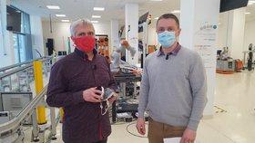 Respirátory z 3D tiskárny i maska lepší než FFP3: ČVUT s koronavirem pomáhá lékařům