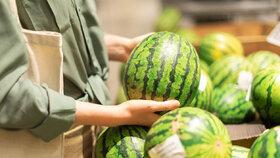 Jak koupit dobrý a zralý meloun? A jak ho nakrájet snadno a rychle?