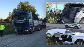 Kamion na Slovensku rozstřelil českou škodovku: Octavii rozpůlil na dva kusy!
