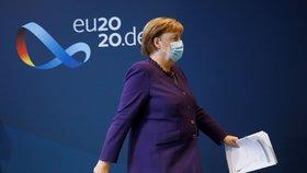Merkelová chce Němcům do Vánoc přidat další covidová nařízení: Jinak nepřečkáme zimu